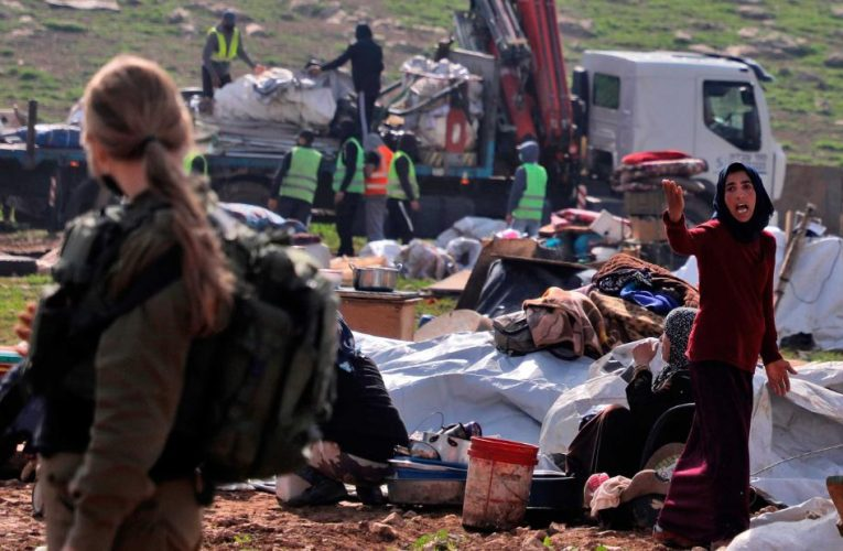Diplomats condemn Netanyahu's settlement drive after Israeli troops destroy Bedouin camp three times in a month