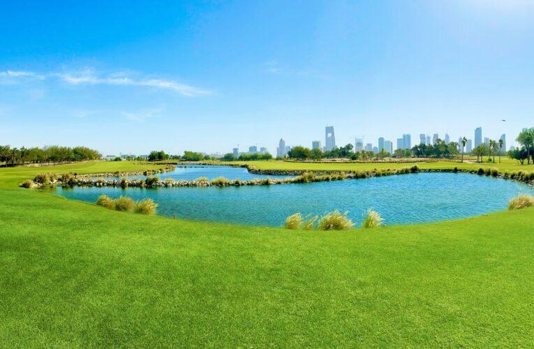 واحة خضراء في قلب الدوحة..اكتشف أحد أقدم وجهات الغولف في منطقة الخليج